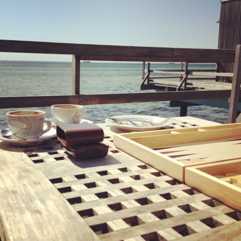 Backgammon i solen!